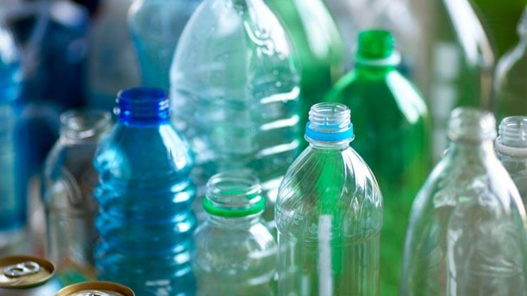 Botol Plastik Bekas